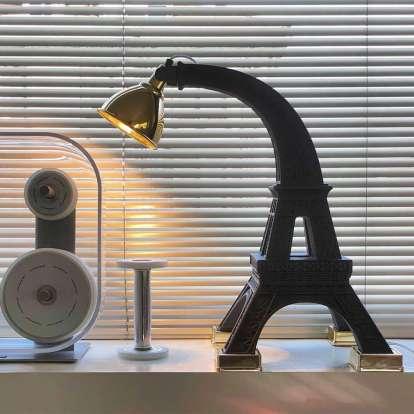 Paris M photo gallery 1